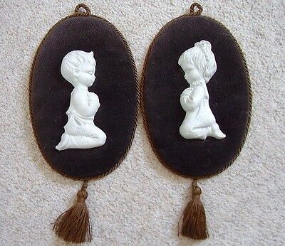 Capodimonte Italy porcelain boy and girl figures on velvet picture-plaque,set 2