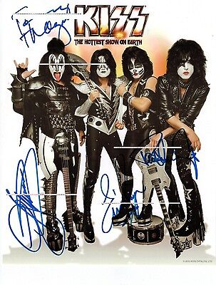 KISS~The Hottest Show On Earth~2011~Signed Backstage Meet & Greet Photo~8x10~RP
