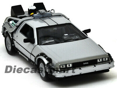 Welly 1:24 Delorean Time Machine Back To The Future Part 2 Diecast Model Silver