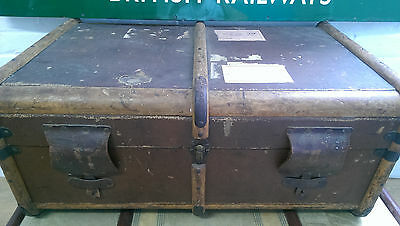 brown antique steamer trunk travel chest coffee table blanket box case vintage
