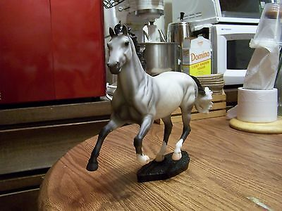 Breyer Horse Warmblood Gray Oldenburg Show Jumper Sport Horse