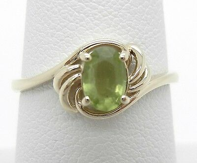 14K Yellow Gold Green Genuine Peridot Ring, Solitaire, 4X6MM Oval, Size 7 1/2