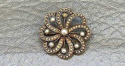 Vintage 14KT Yellow Gold Pearl Brooch