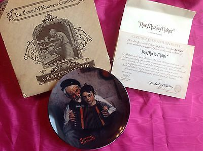 """NIB Knowles Norman Rockwell Collector Plate """"The Music Maker"""" w/COA"""