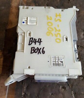 new oem gm fuse box relay junction block 84165235 89 99 picclick 2006 10 lexus is250 is350 relay fuse junction box block 82730 53040 oem