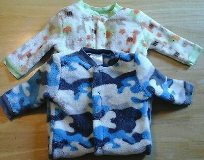 Lot of 2 Boy Baby Gear Soft Fleece Footed Button Up Pajamas/Sleepers 0-3 Months
