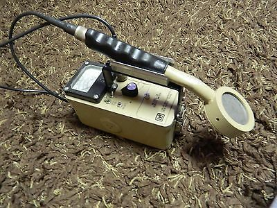 Ludlum Model 3 Geiger Counter with 44-9 Probe