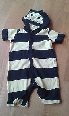 unisex boys girls bumble bee short outfit 9 -12 months