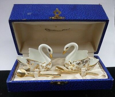 Vintage Pair Of Gold And White Limoges Salts With Spoons In Original Case
