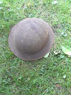 pith helmet world war 1 not restored, maybe a doughboy helmet ?