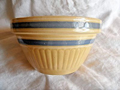 """Vintage USA Yellow Ware Mixing Bowl 8 3/4"""" Double Blue Banded Clean!!! NR!!!"""