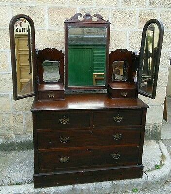 Solid Mahagony Art Nouveau Victorian/Edwardian Dressing Chest With Mirrors