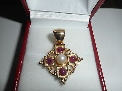 Tagliamonte Vintage 14K Yellow Gold  Ruby Cabochon, Pearl Pendant.