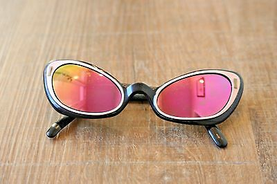 Vintage Original Mid Century 1950s Retro Cat Eye Sunglasses Black & White Pink