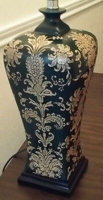 Asian Vintage Dark Green Gold Hand Painted Ceramic Table Lamp Wood Base 3 W