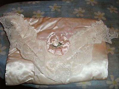 """Beautiful vintage cream satin and lace-trimmed nightdress case 12"""" x 8"""""""