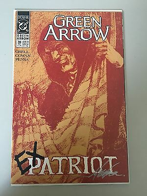 Green Arrow (1987 1st Series) #39 Signed by Mike Grell NM Near Mint