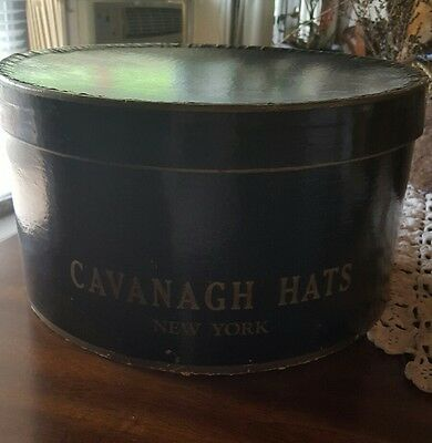 "VINTAGE ♢ CAVANAGH HATS NEW YORK ♢ MEN'S HAT BOX ♢ 14.5"" x 13"" X 7"""