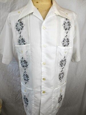 Vintage Meridana White Poly/Cotton Embroidered Guayabera Mexican Wedding Shirt L