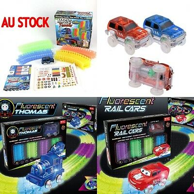 13FT 260 MAGIC TRACKS LED LIGHT UP RACE CAR Glow in the Dark Bend Flex ON TV Toy