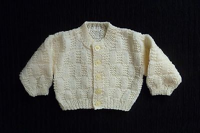 Baby clothes UNISEX BOY GIRL newborn 0-1m NEW! cream hand knit cardigan pattern
