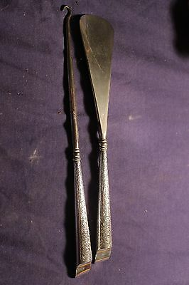 Sterling silver handled shoe horn and button / laces hook  HM Birmingham 1908