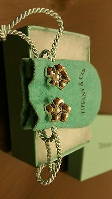 Vintage Tiffany & Co Sterling Silver Pearl Flower Stud Earrings Box & Pouch