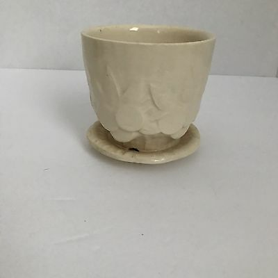 Vintage McCOY Pottery White Ivory Sand Dollar Planter Flower Pot 4 inches Tall