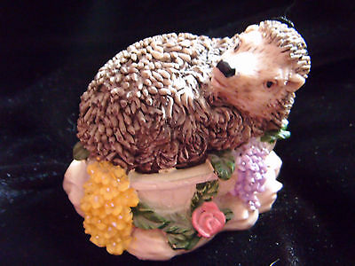 Ceramic Hedgehog Cord Pull Light Cord Pull BNIB