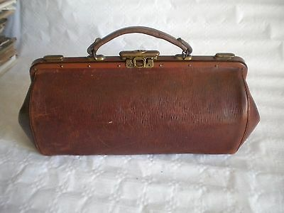 Vintage french 1920s leather bag Gladstone doctors medical steam punk snap top