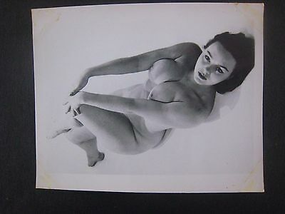 ORIG. 1950S 5X4 PInup Photo..Busty Beauty '.,RISQUE,NUDE..# 50-1..Toni Reece