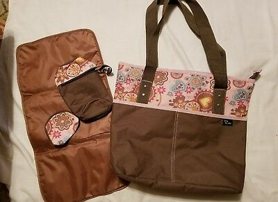Ellie And Luke by Soho Designs pink  Diaper bag with changing pad 4 piece set