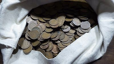 1 Roll (50) 1909 Circulated Lincoln Cents grading Good or Better  Free Shipping