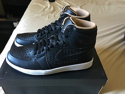 New Air Jordan 1 Retro High Men's Shoes -  Black-Vachetta Tan - Size 9.5