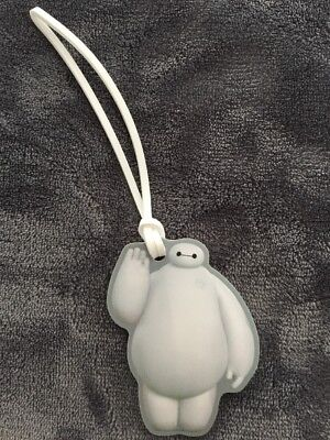 Disney ~ BAYMAX Cast Member Exclusive Luggage Tag ***NEW***