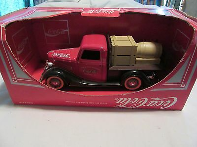 Coca Cola die cast metal FORD PLATEAU truck never used in package Coke