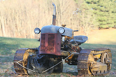 Barn Find! Oliver OC-3 Crawler, nice PTO Belt Pulley on back, no reserve, as is
