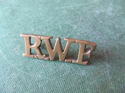 W.war.1  Royal Welsh Fusiliers.   Shoulder Title.  Nice Condition.