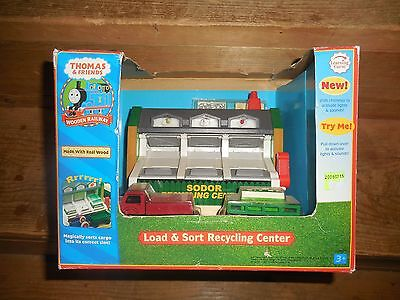 Thomas the Train Load and Sort Recycling Center!!!  Brand New in Box!!