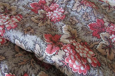 BEAUTIFUL ANTIQUE FRENCH TOILE GRAPES RASPBERRY & BUFF BOUTIS LINEN EDGING c1880