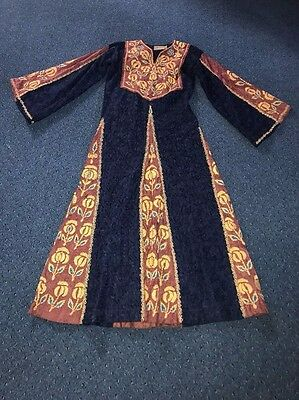 Bridal Show Vintage Ethnic Kurd Middle East Traditional Handmade gown Embroidery