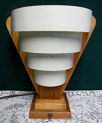 Classic Mid-Century Modern Table Lamp 4-Tier White Venetian Metal Shade