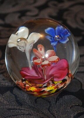 Round Flower Glass Murano ? Paperweight