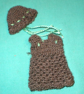 Puppenstubenpuppenkleid dkl.braun/dollhouse doll dress dark brown. 5,5 cm