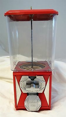 Vintage A&A Global Red 25 Cent Gumball Small Capsules Vending Machine & Key
