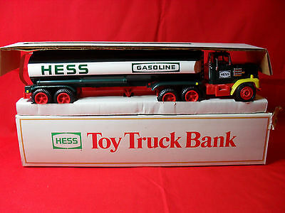Hess Truck 1984 Toy Truck Bank NIB Tested