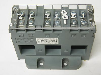 HOBUT CT105F 3X 100/5 100A Moulded Case Current Transformer 3X 100/5 2.5VA
