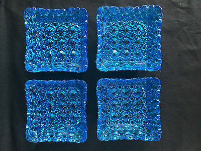"""Set Of 4 Daisy Button Blue Berry Bowls Square Eapg   3 7/8"""" X 3 7/8"""" Glass"""