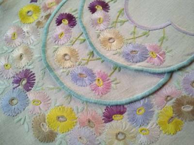 3 pce Daisy Garlands ~ Hand embroidered Vintage Dressing Table/ Duchess set