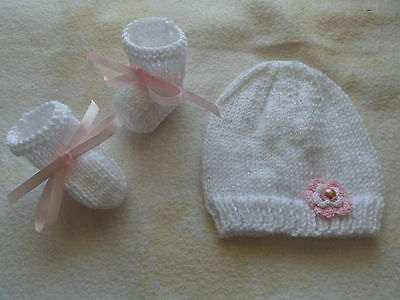 New Hand Knitted baby booties, beanie premature preemie baby / reborn